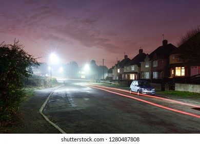 Hucknall,Nottinghamshire,UK: December 06th 2016.Parts of North Nottinghamshire wake-up to misty damp start to the morning.