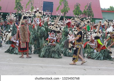 THe Hudoq. . Hudoq is part of the ritual dance of Dayak Dayak Bahau and modang, are wont to do every completed manugal or grow rice . . Samarinda, Indonesia 9th December 2018