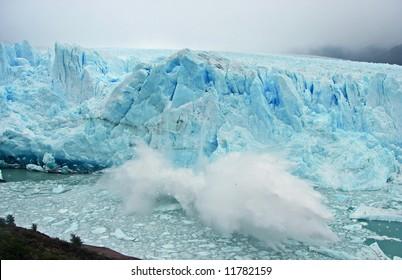 Huge block of ice falling of the Perito Moreno glacier, Argentina