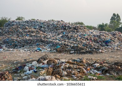 The huge garbage from the city.