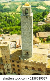 Huge towers in the small medieval town San Gimignano in Toscana, Italy