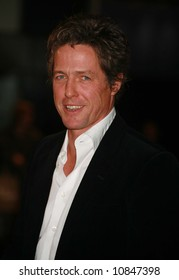 Hugh Grant at the World Premiere of 'The Golden Compass' at the Odeon Leicester Square in London - 27 November 2007