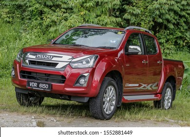 HULU LANGAT, MALAYSIA - OCTOBER 30, 2019. The new Isuzu D-Max 1.9 Blue Power 4X4  is being test drive in Hulu Langat, Selangor.