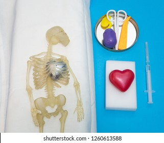human body skeleton with deceased heart before heart transplantation surgery concept