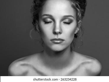 Human Face, Women, Dark.