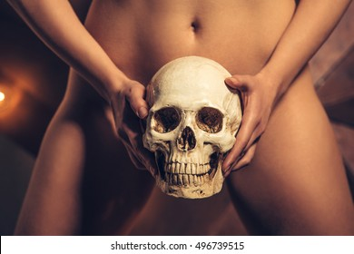 Naked pelvic bone pics think