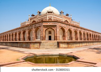 Humayun Tomb,New Delhi The last refuge of Mughal Emperor Humayun reminds rather of a luxurious palace, than a tomb.