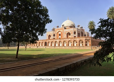 Humayun's tomb from the backyard, New Delhi, India.