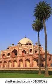 Humayun's Tomb is a complex of buildings in Delhi, India