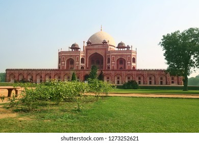 Humayun's tomb of Mughal Emperor in indian Humayun designed by Persian architect Mirak Mirza Ghiyas in New Delhi, India. Tomb was commissioned by Humayun's wife Empress Bega Begum in 1569-70.