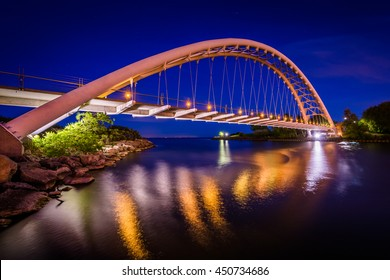 The Humber Bay Arch Bridge at night, in Toronto, Ontario.