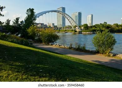 Humber Bay Bridge, Toronto
