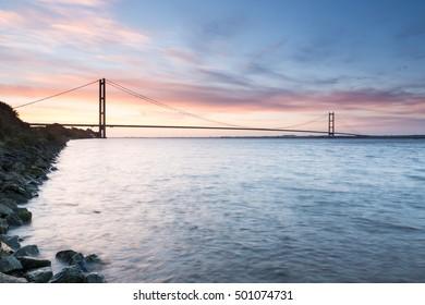 Humber Bridge, Sunrise