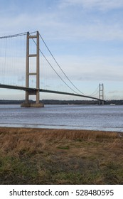 Humber Suspension Bridge, crossing the River Humber Estuary, Between North Lincolnshire and East Yorkshire, England, UK