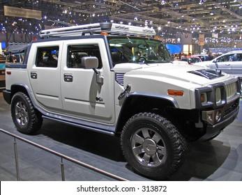Hummer H2 at Geneve Auto Salon 2004