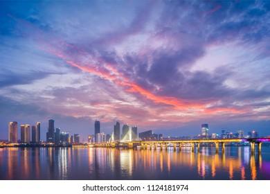 Hunan Changsha Xiangjiang Yinpen Ridge Bridge sunset evening glow city skyline night scenery material