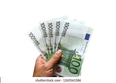 Hundred Euro banknotes / The second series of euro banknotes has been in circulation since 2013. The new banknotes have high technology security features