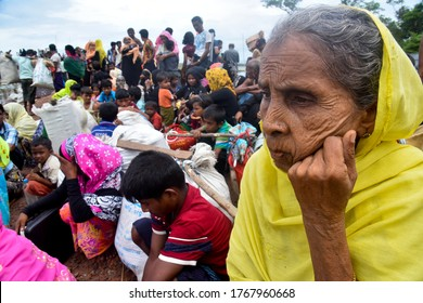 Hundreds of Rohingya people crossing Bangladesh's border as they flee from Buchidong at Myanmar after crossing the Nuf River in Taknuf, Bangladesh, on September 08, 2017.