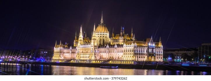 Hungarian parliament at night, Budapest. Cross Filter Effect