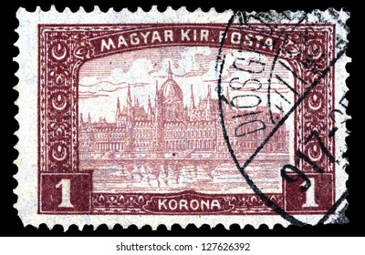 "HUNGARY - CIRCA 1916: A stamp printed in Hungary shows Parliament Building in Budapest, without inscriptions, from the series ""Parliament Building"", circa 1916."