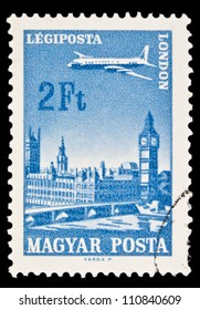 "HUNGARY - CIRCA 1966 : A stamp printed in Hungary shows Plane over London, with the inscription ""London"", from the series ""Plane over Cities served by Hungarian Airways"", circa 1966"