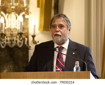 """HUNGARY - JUNE 10: Rector Barna Mezey on the """"Past and future of the government"""" conference on the ELTE University on June 10. 2011 in Budapest, Hungary"""