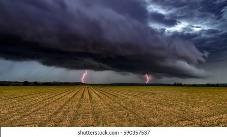 hungary, storms, hungary landscape, storm clouds, storm sky, stormy weather, lightning