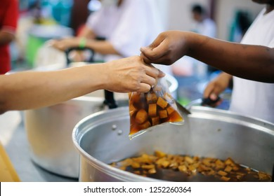 Hunger problems of the poor have been donated food to reduce hunger : the concept of hunger