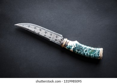 hunter combat hand made knife isolated on white background