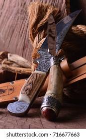 Hunter knives
