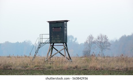 Hunters High Seat hunting tower on the meadow