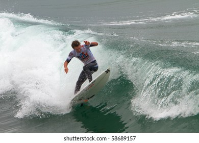HUNTINGTON BEACH, CA-AUGUST 8: Brad Simpson wins the Men's competition for the World Championship Sunday, August 8, 2010 in Huntington Beach.  The event ends today with an award's ceremony.