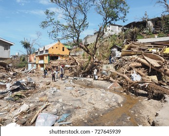 the Hurricane maria to everything destroyed during its passage on the island of the Dominica. The people lose her houses, they have no water no electricity. The 09/18/2017