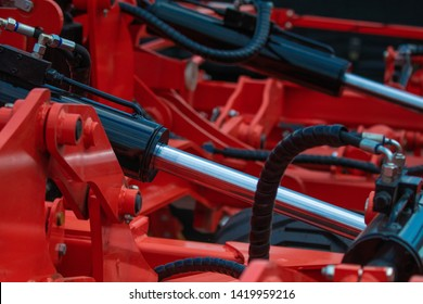 Hydraulic mechanisms of agricultural machinery and equipment.