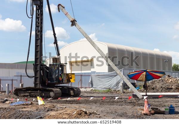 Hydraulic Piling Machine Install Concrete Pileconstruction Stock
