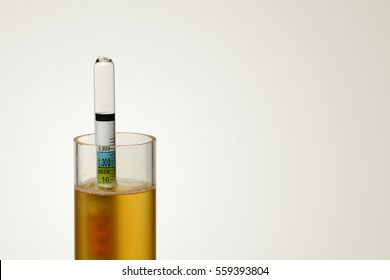Hydrometer in Homebrew