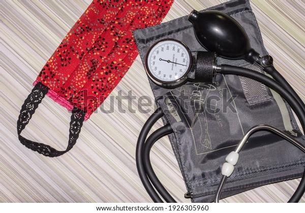 hygienic-fabric-red-mask-phonendoscope-6
