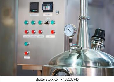hygrometer, Pressure gauge steam boiler.