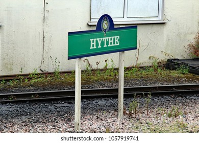 Hythe,East Sussex/UK 8/1/16 Romney, Hythe and Dymchurch miniature railway, Hythe place name sign