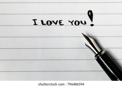 'I LOVE YOU' greeting message on blank notepad paper with copy space.