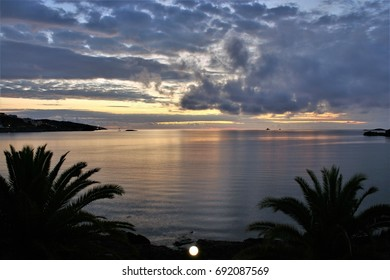 ibiza, Sunrise, sunset, peace, calm, serenity, harmony, fullness, well-being, nature, natural, contemplate, meditate, breathe, grow, happiness, tranquility, fulfillment, integration, equilibrium,