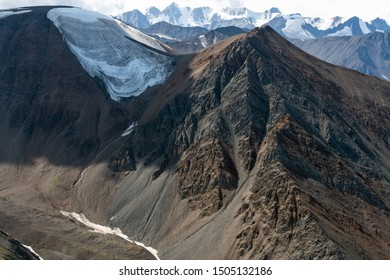 Ice capped mountains in Kluane National Park, Yukon, Canada