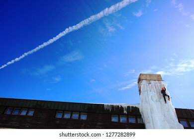 ice climbing on chimney