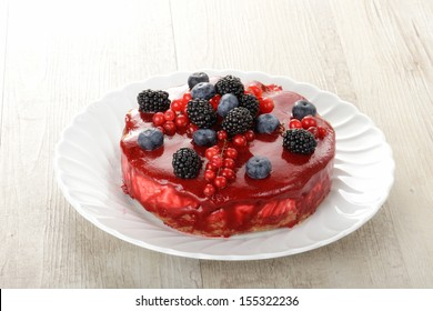 ice cream cake with berries
