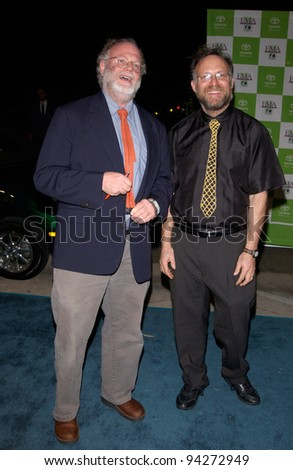 Ice cream makers BEN COHEN (right) & JERRY GREENFIELD at the 12th Annual Environmental Media Awards in Los Angeles.  20NOV2002.   Paul Smith / Featureflash