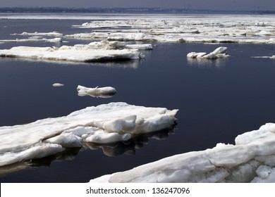 ice floated down the river during the spring break-up