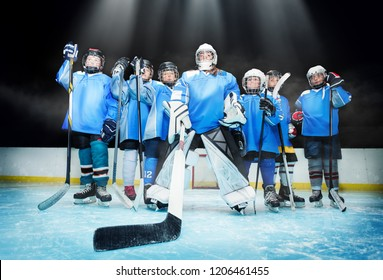 Ice hockey team standing in line on the rink
