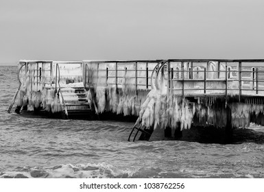 Ice on a jetty
