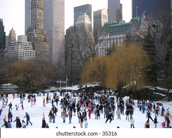 Ice scating in Central Park
