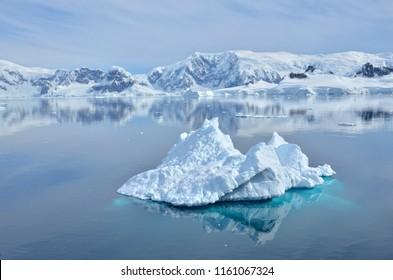 Icebergs of Antartica